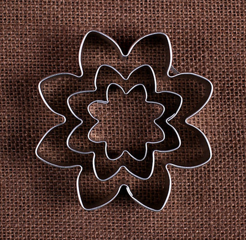 Daisy Flower Cookie Cutters Set | www.bakerspartyshop.com