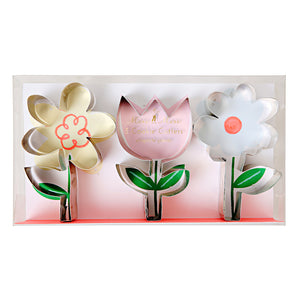 Spring Flowers Cookie Cutter Set | www.bakerspartyshop.com