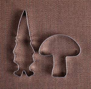 Gnome Cookie Cutter Set | www.bakerspartyshop.com