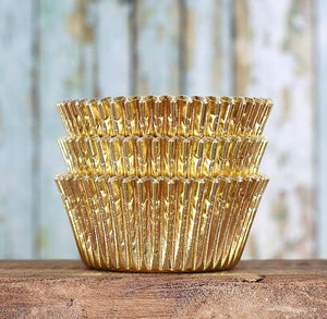 Foil Gold Cupcake Liners | www.bakerspartyshop.com
