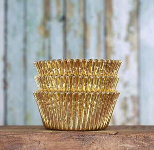 Bulk Foil Gold Cupcake Liners | www.bakerspartyshop.com