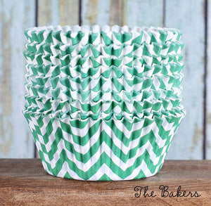 Green Cupcake Liners: Chevron | www.bakerspartyshop.com