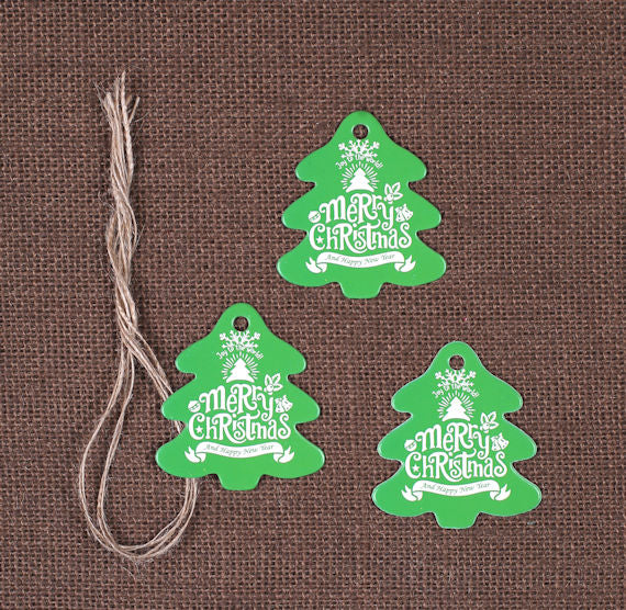 Christmas Tree Gift Tags: Green | www.bakerspartyshop.com