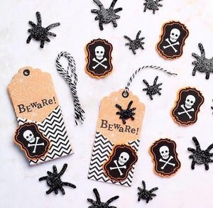Halloween Gift Tags Kit | www.bakerspartyshop.com