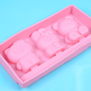 Hello Kitty Cakesicle Mold | www.bakerspartyshop.com