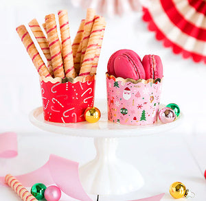 Christmas Baking Cups: Candy Canes | www.bakerspartyshop.com