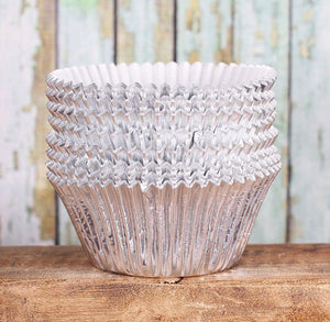 Jumbo Foil Silver Cupcake Liners | www.bakerspartyshop.com