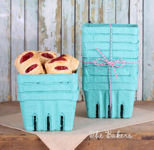 Berry Baskets with Lids: One Pint | www.bakerspartyshop.com