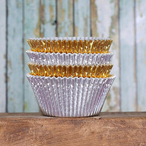 Jumbo Foil Silver & Gold Cupcake Liners | www.bakerspartyshop.com