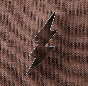 Lightning Bolt Cookie Cutter | www.bakerspartyshop.com
