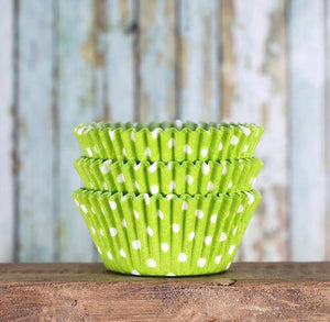 Bulk Lime Cupcake Liners: Polka Dot | www.bakerspartyshop.com