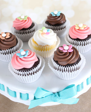 Bulk Midi White Cupcake Liners | www.bakerspartyshop.com