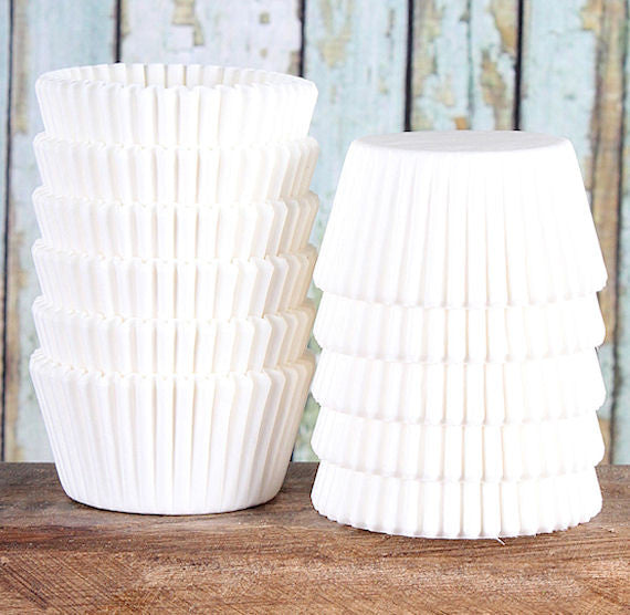 Midi White Cupcake Liners | www.bakerspartyshop.com