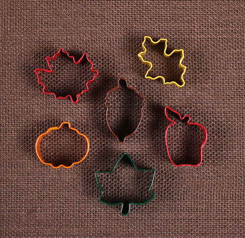 Mini Fall Cookie Cutter Set | www.bakerspartyshop.com