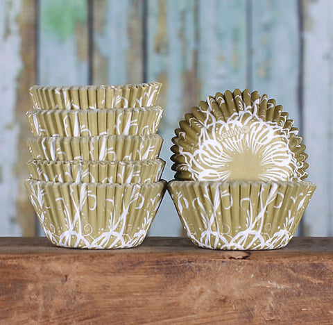 Mini Gold Cupcake Liners | www.bakerspartyshop.com
