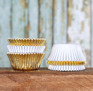 Mini Foil White & Gold Cupcake Liners | www.bakerspartyshop.com