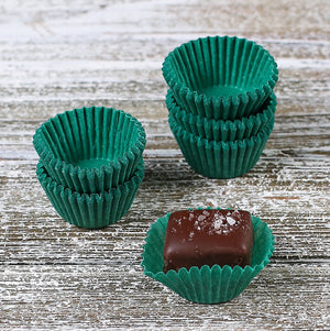 Mini Green Candy Cups | www.bakerspartyshop.com