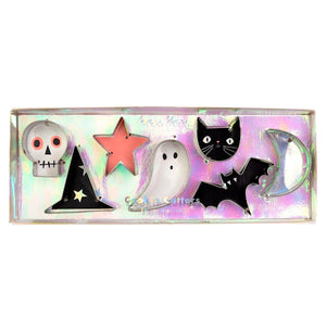 Mini Halloween Cookie Cutters | www.bakerspartyshop.com