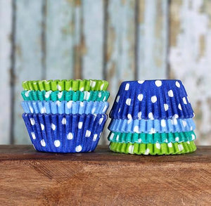 Mini Blue Lagoon Cupcake Liners: Polka Dot | www.bakerspartyshop.com