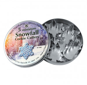 Mini Snowflake Cookie Cutters: Set of 5 | www.bakerspartyshop.com