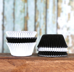 Mini Foil White & Black Cupcake Liners | www.bakerspartyshop.com