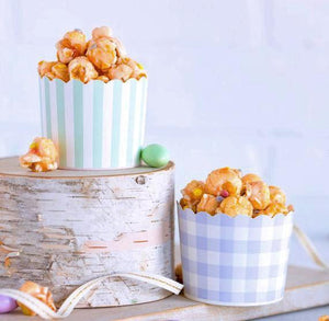Pastel Baking Cups: Purple + Mint | www.bakerspartyshop.com