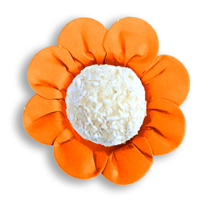 Daisy Flower Candy Cups: Orange | www.bakerspartyshop.com