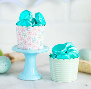 Pastel Baking Cups: Stripes + Flowers | www.bakerspartyshop.com