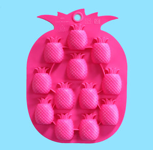 Silicone Pineapple Candy Mold | www.bakerspartyshop.com
