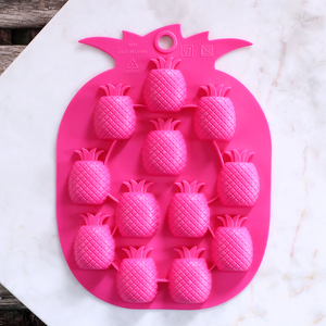Pineapple Mold | www.bakerspartyshop.com