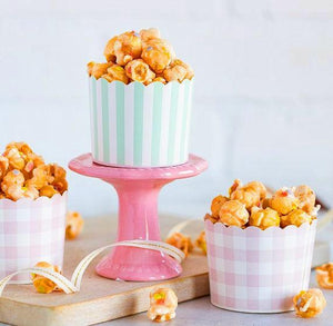 Pastel Baking Cups: Mint + Pink | www.bakerspartyshop.com
