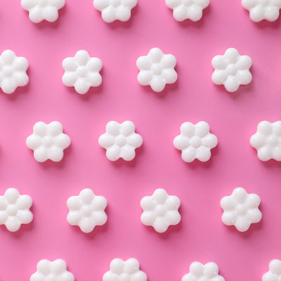 White flower candy toppings candy flower sprinkles bakers party shop mightylinksfo