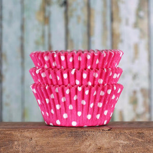 Pink Cupcake Liners: Polka Dot | www.bakerspartyshop.com