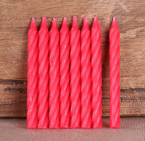 Spiral Red Birthday Candles | www.bakerspartyshop.com