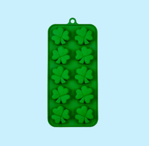 Silicone Shamrock Candy Mold | www.bakerspartyshop.com