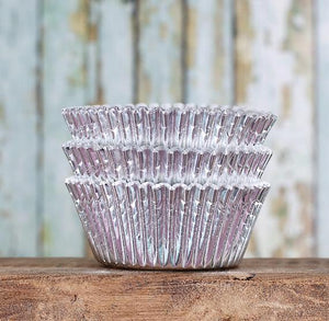 Foil Silver Cupcake Liners | www.bakerspartyshop.com
