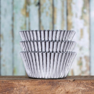 Matte Silver Cupcake Liners | www.bakerspartyshop.com