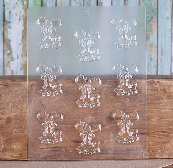 Small Moose Chocolate Mold | www.bakerspartyshop.com