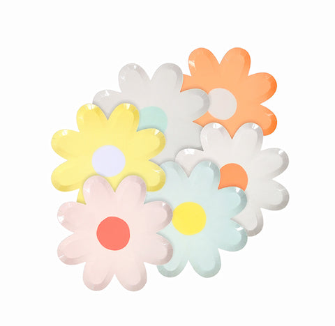 Small Pastel Daisy Plates | www.bakerspartyshop.com