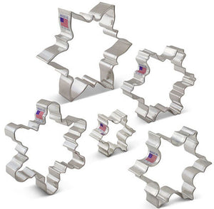 Snowflake Cookie Cutters | www.bakerspartyshop.com