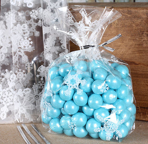 Snowflake Cellophane Bags & Twist Ties: Small | www.bakerspartyshop.com