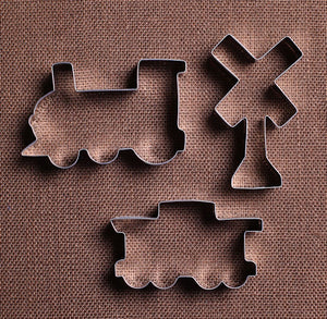 Train Cookie Cutters Set | www.bakerspartyshop.com