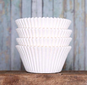 Jumbo White Cupcake Liners | www.bakerspartyshop.com