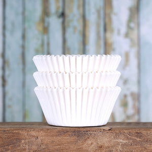 White Cupcake Liners | www.bakerspartyshop.com