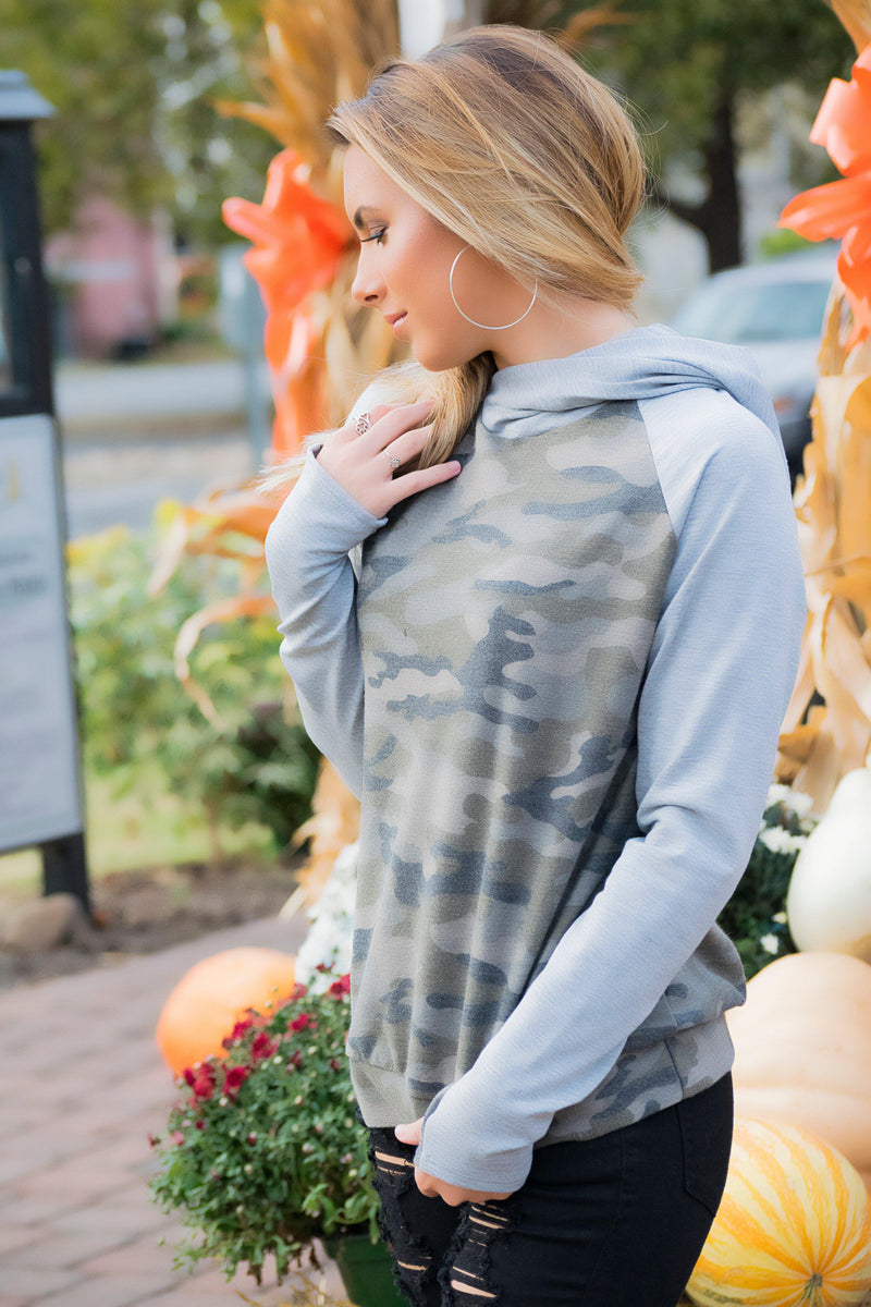 In Line Camo Hoodie - 512 Boutique