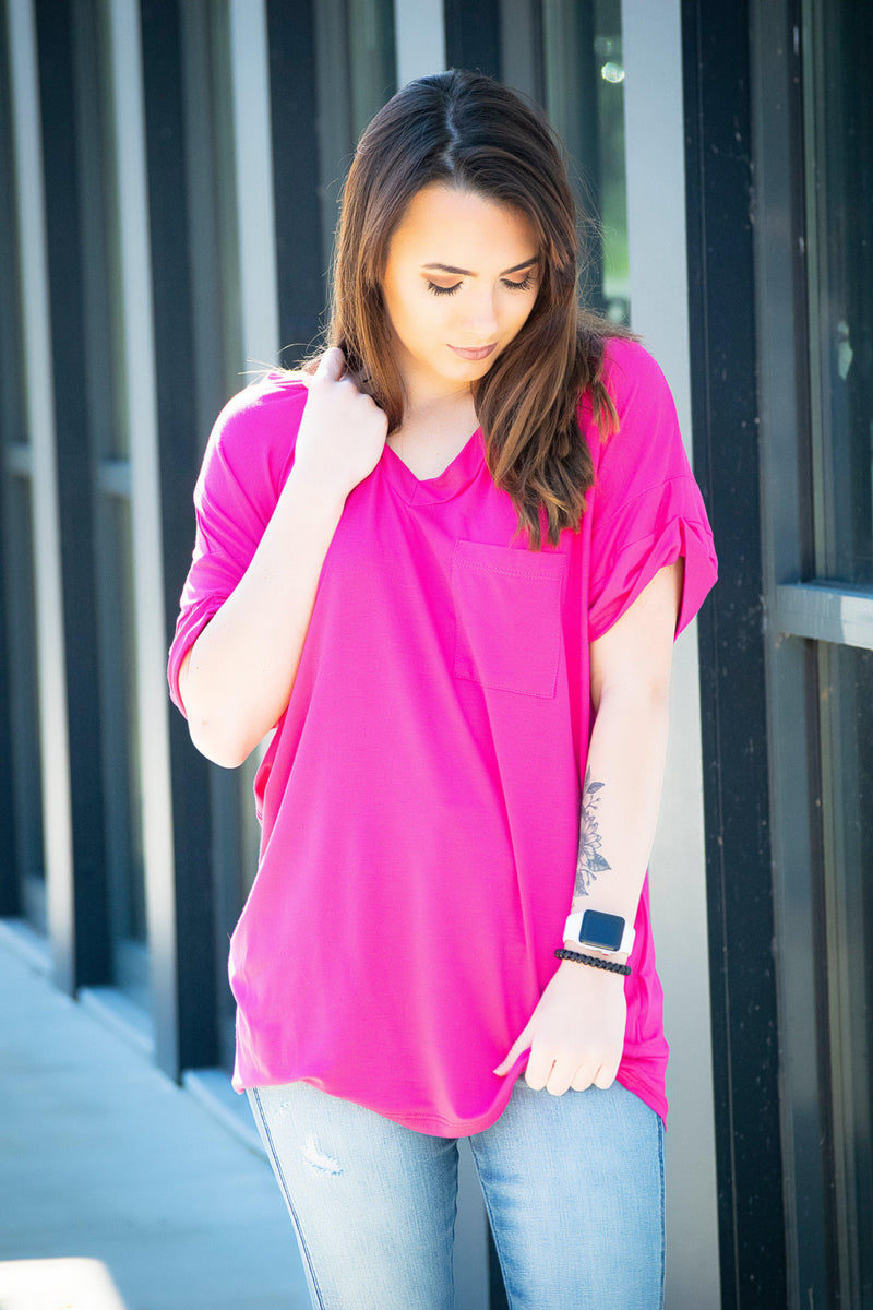 Pocket Tee- Fuchsia - 512 Boutique