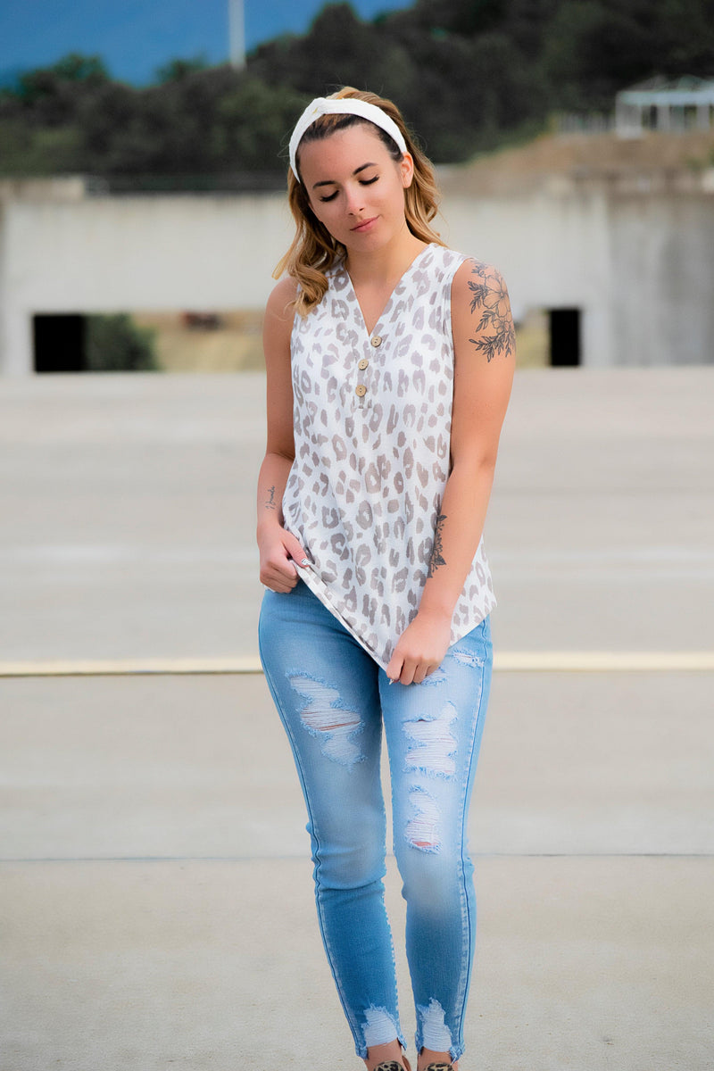 Leopard Button Tank - 512 Boutique