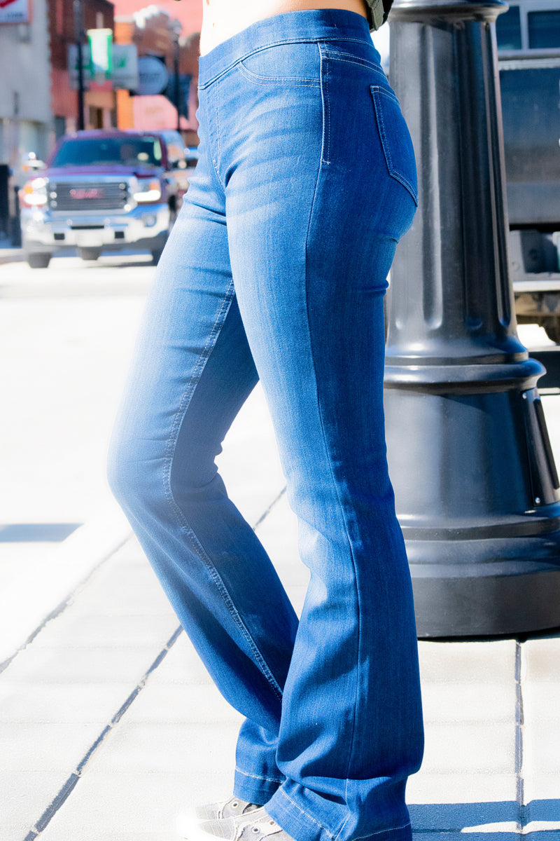 Eliza Cello Flare Pull on Jeans - 512 Boutique