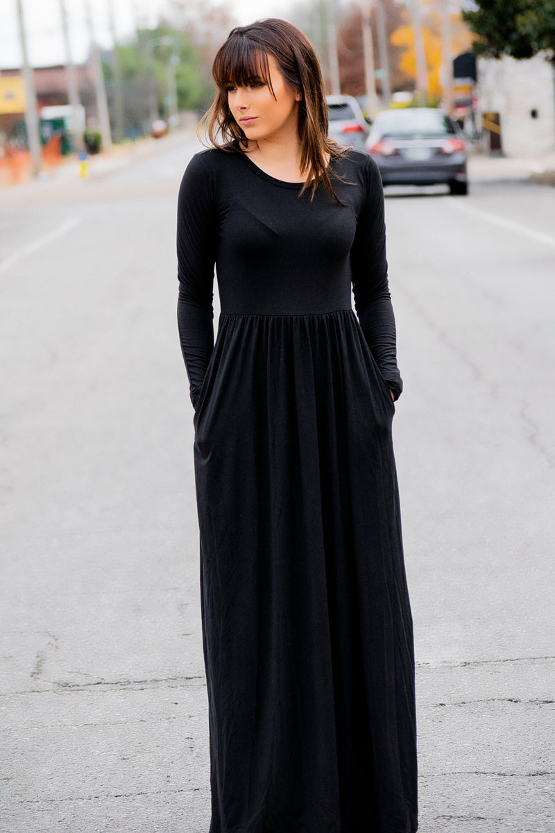 Simple as that Maxi Dress Black - 512 Boutique