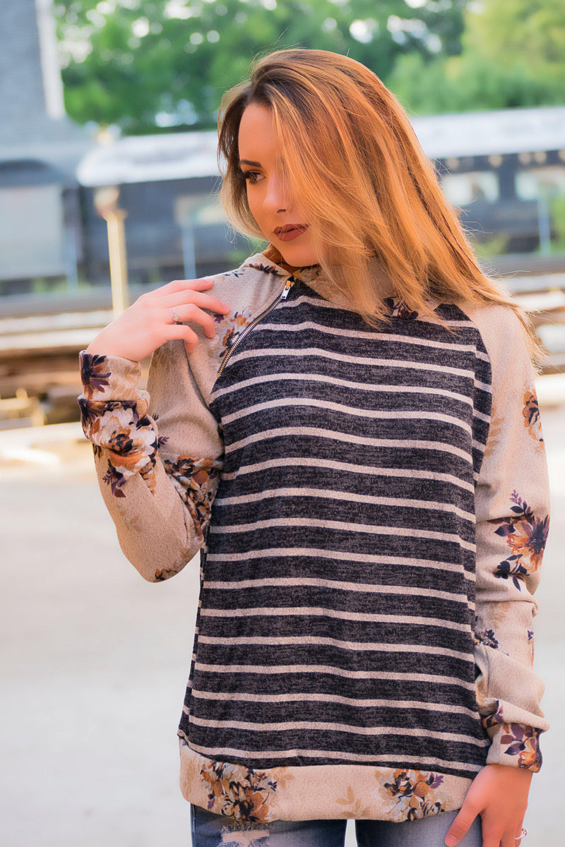 Oatmeal Floral Pullover- Navy - 512 Boutique